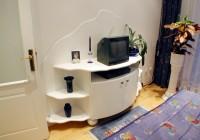 Hálószobai TV-s szekrény