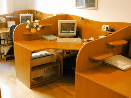 Egyedi asztalcsoportok