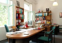 Santos elemekkel berendezett iroda, cseresznye-fekete színben