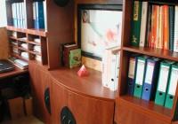 Ívelt, vezetői szekrényösszeállítás