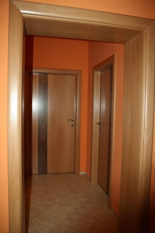 Furnérozott beltéri ajtók és tokborítás