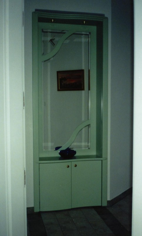 Egyedi előszobai tükörfal