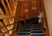 Váltott fokú lépcső