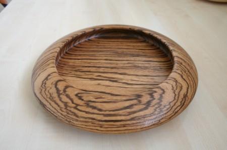 Kínáló tál zebrano faanyagból